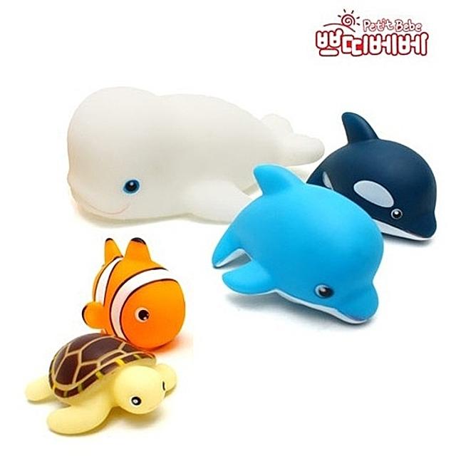 (쁘띠베베 동물가족 목욕놀이 5P세트 (고래)) 목욕놀이 목욕장난감 목욕놀이장난감 물놀이 아기장난감